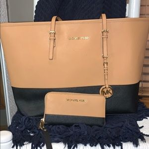 Michael Kors tote with matching wallet